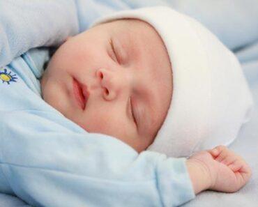 بالفيديو متي ينتظم نوم الرضيع للحصول على نوم هادئ طوال فترة الليل